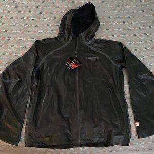 Columbia titanium  jacket men's size M